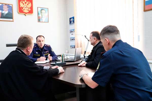 В УФСИН состоялась рабочая встреча, в ходе которой были рассмотрены вопросы организации работы с верующими в исправительных учреждениях