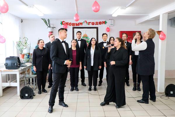 Симфонический хор государственной филармонии Республики Саха (Якутия) им. Г.М. Кривошапко выступил для осужденных региона